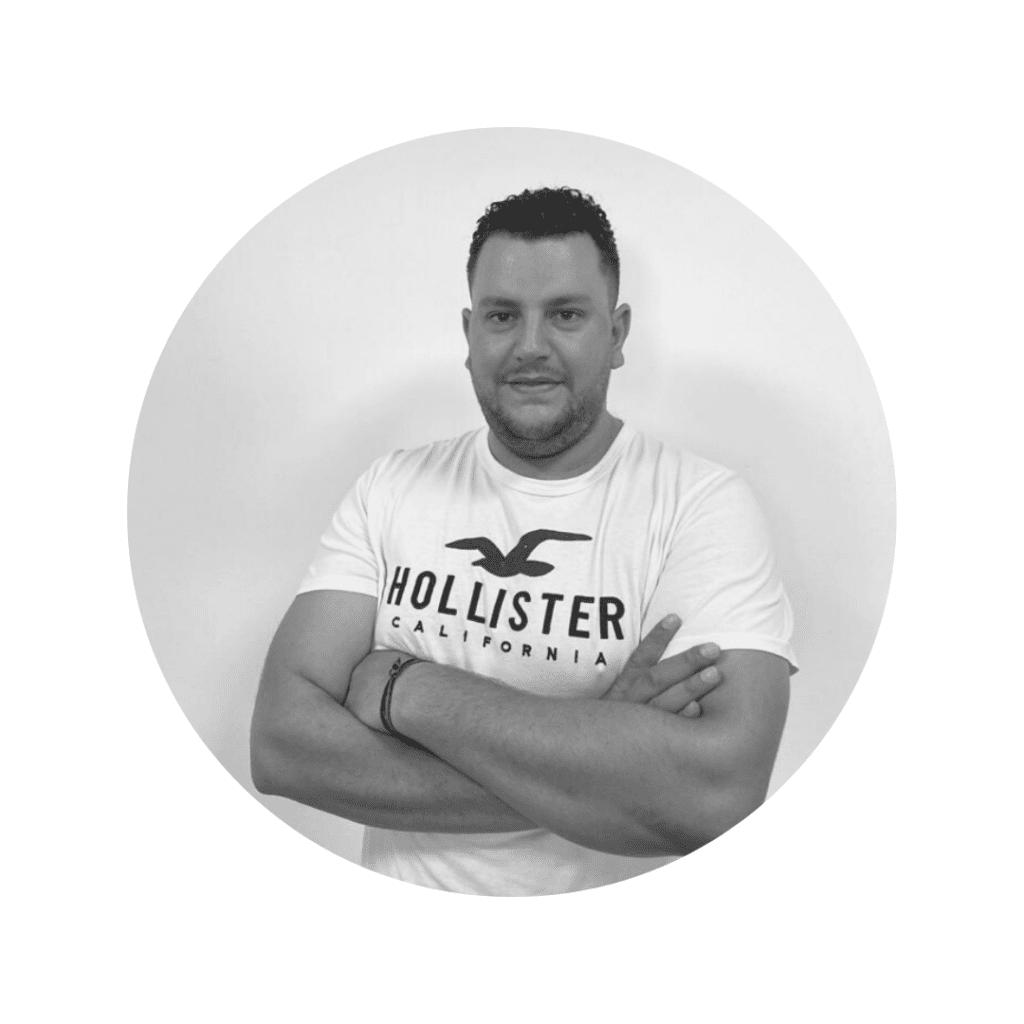 Manuel Jesús Escaso, departamento de diseño en CEMA Baterías